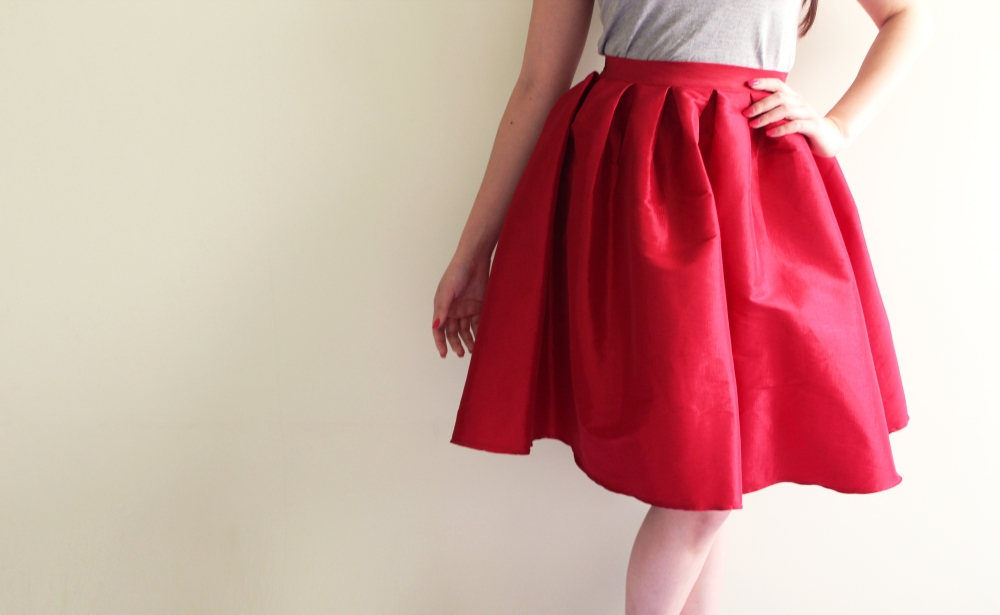Viola Top in Smoke, $36, and Fuchsia Skirt in Flaming Red, $60.